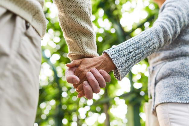 afecto-personas-mayores_1098-14436